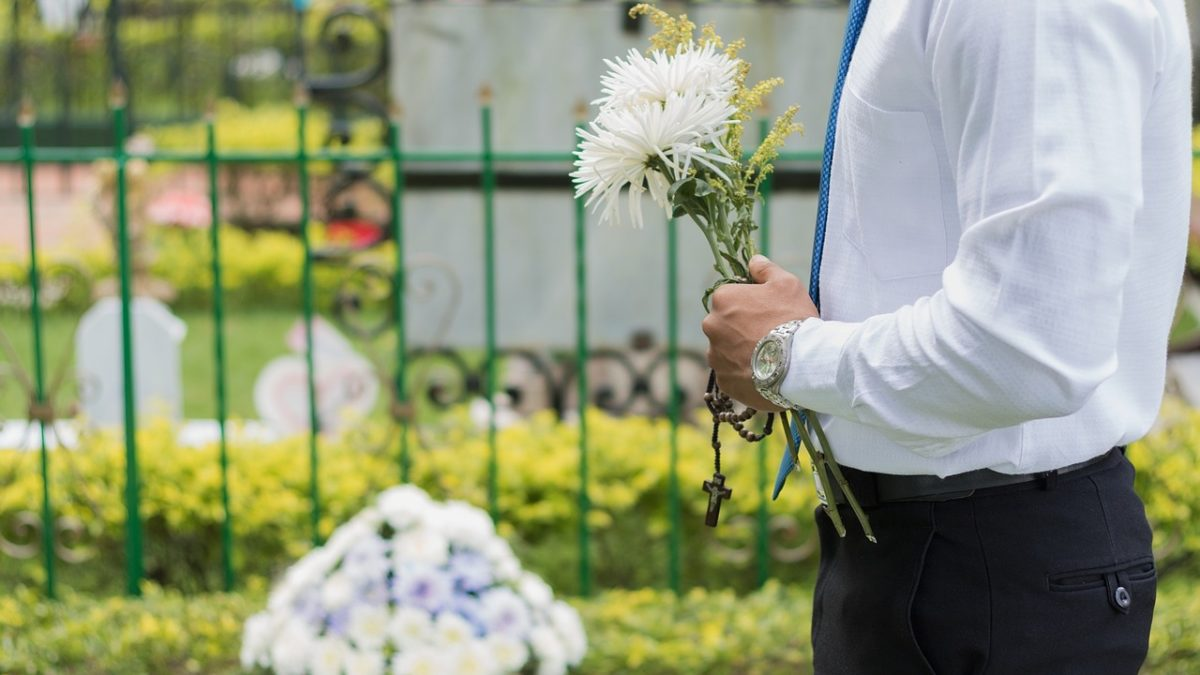 What To Do If Your Spouse Dies Without A Will